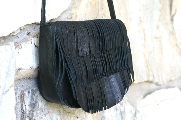 DIY: Men's Leather Jacket to fringe tote bag + fringe shoulder bag