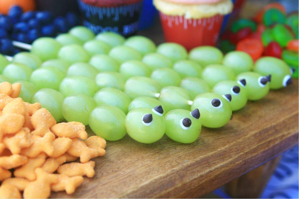 Green grape bookworm